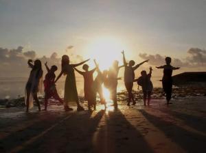 Einladung zur Erstellung von Schwesternschaft der Rose -Gruppen (aus der Konferenz)